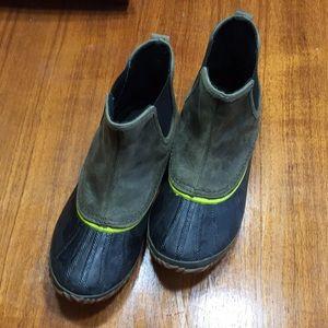 Sorel rain boots. Blue and green